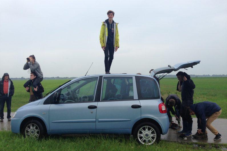 Holland ist flach. Vom Autodach aus konnte Jan schon fast die Alpen sehen.