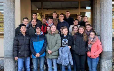 Geografie-Kurs auf Exkursion bei Karl Knauer in Biberach